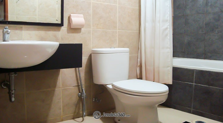 Bathroom Marbella Kemang Residence Apartment