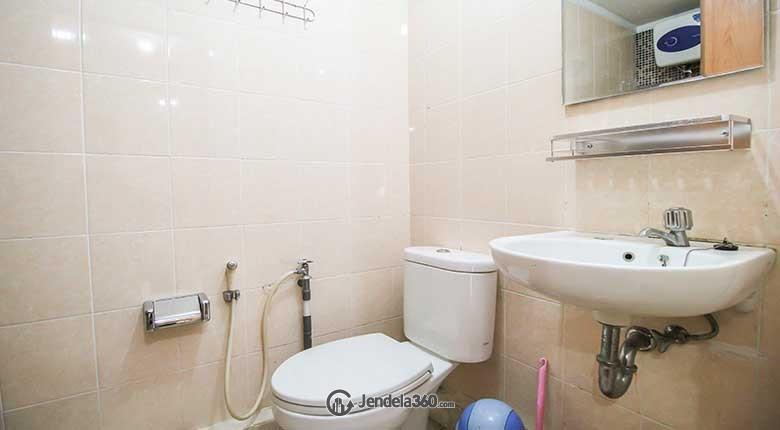 Bathroom Apartemen Grand Kartini Apartment
