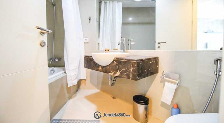 Bathroom Apartemen Gandaria Heights Apartment