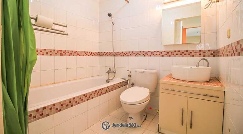 Bathroom Puri Garden Apartment