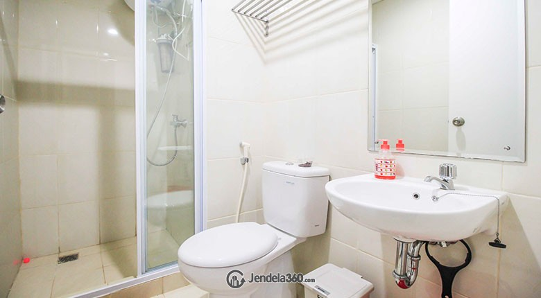 Bathroom Apartemen Metro Park Residence