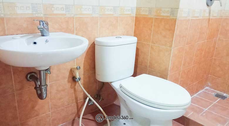 Bathroom Apartemen Thamrin Residence Apartment
