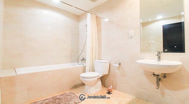 Bathroom Essence Darmawangsa Apartment Apartment