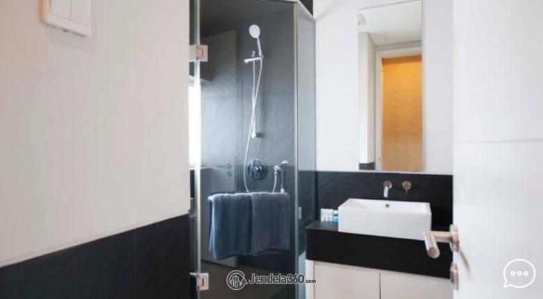 Bathroom Apartemen 1 Park Residences