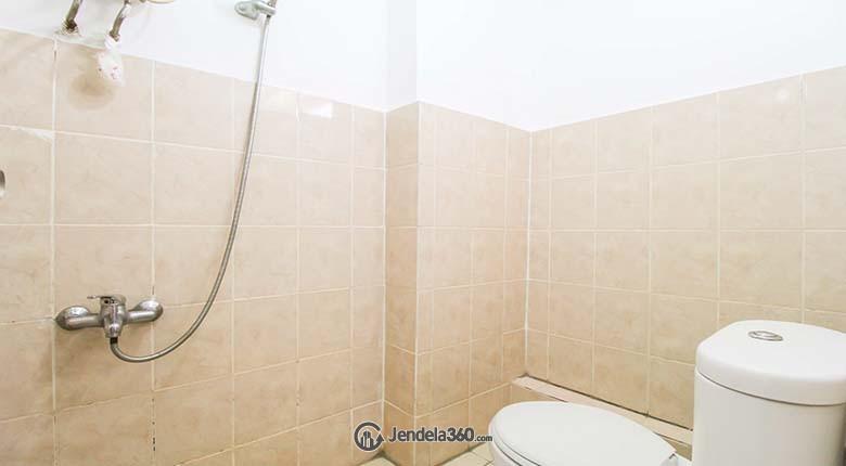 Bathroom Green Bay Pluit Apartment Apartment