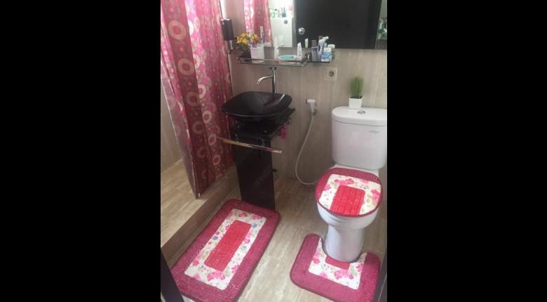 Bathroom Apartemen Graha Cempaka Apartment