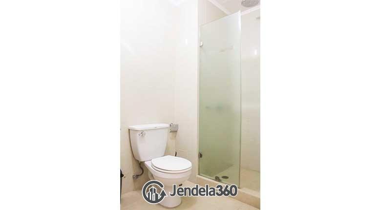 Bathroom Apartemen Bumi Mas Apartment