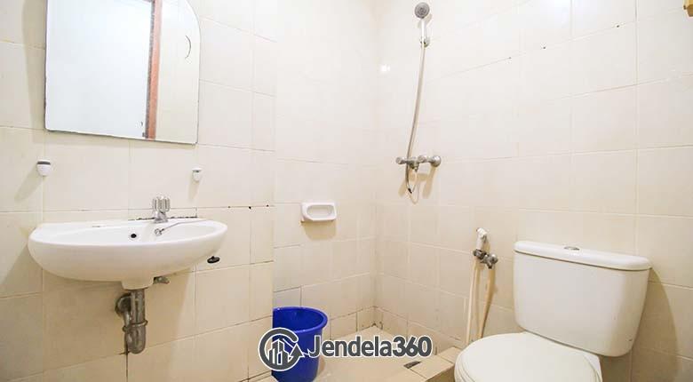 Bathroom Apartemen Mediterania Boulevard Kemayoran