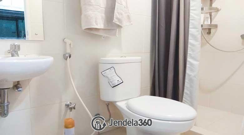 Bathroom Metro Park Residence Apartment