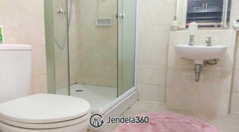 Bathroom Apartemen Cosmo Mansion - Thamrin City