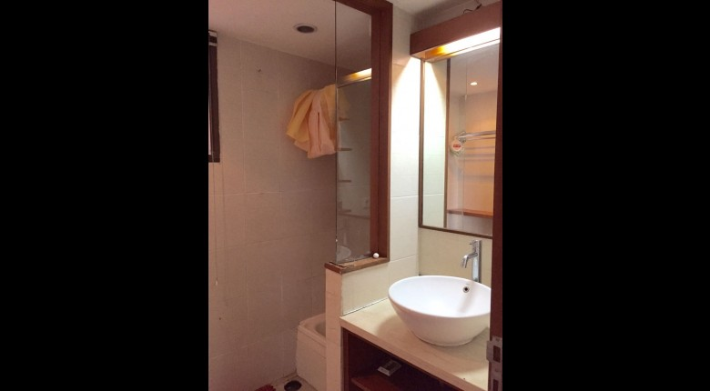 Bathroom Taman Rasuna Apartment Apartment