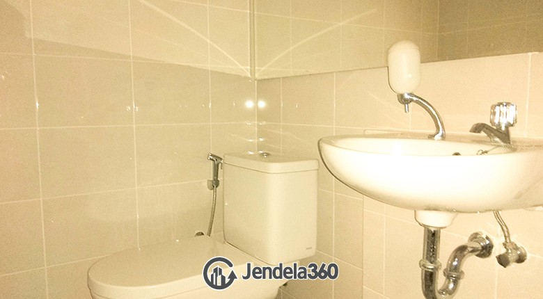 Bathroom Apartemen Condominium SeaView Pluit (GreenBay)