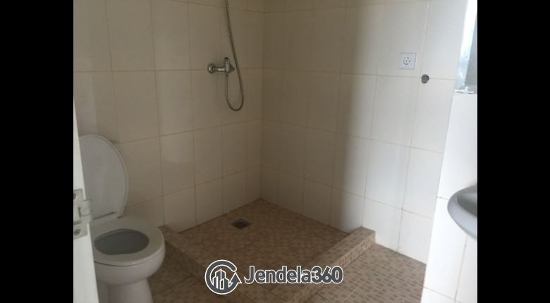 Bathroom Ambassade Residences