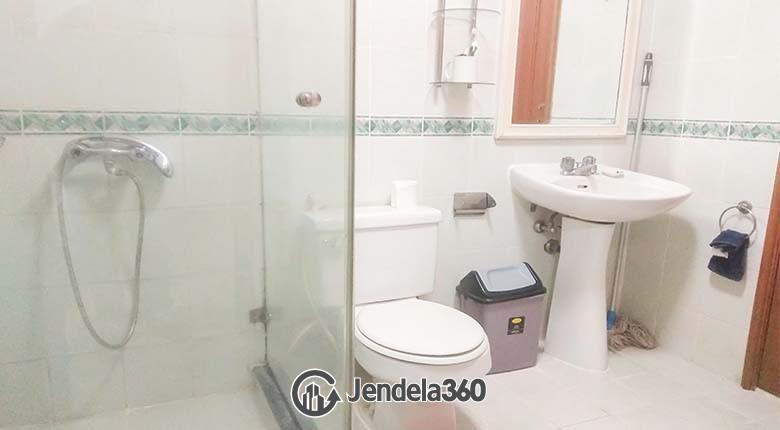 Bathroom Puri Imperium Apartment Apartment