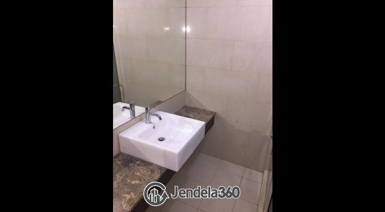 Bathroom Apartemen Gandaria Heights Apartment