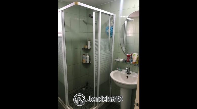 Bathroom Taman Rasuna Apartment
