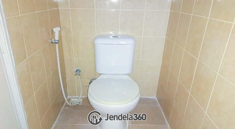 Bathroom Menteng Square Apartment