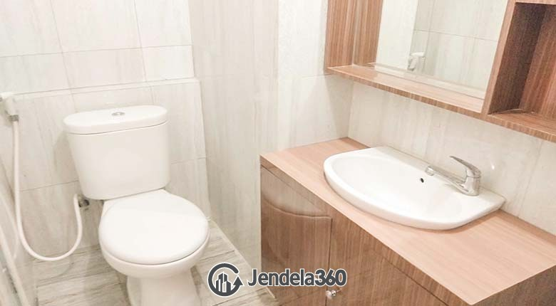 Bathroom Pakubuwono Terrace Apartment