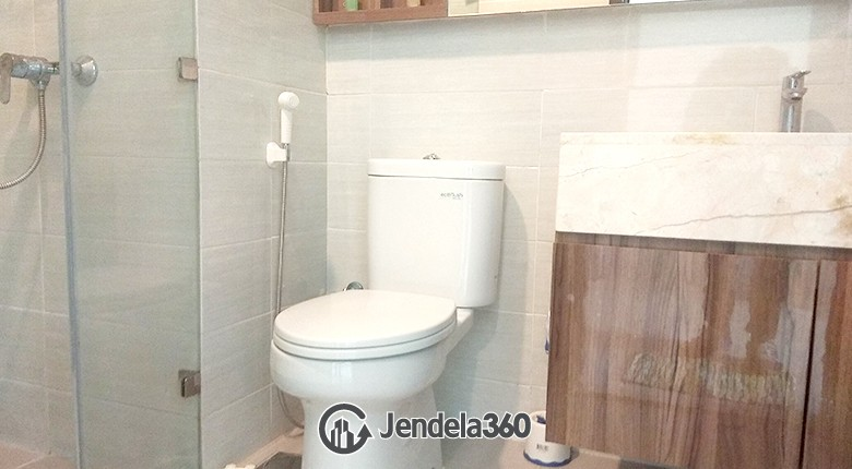 Bathroom Kemang Village Apartment