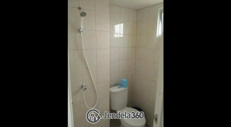 Bathroom Bintaro Park View