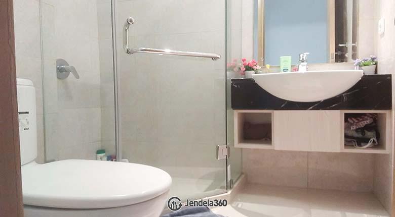 Bathroom The Mansion Kemayoran Bougenville