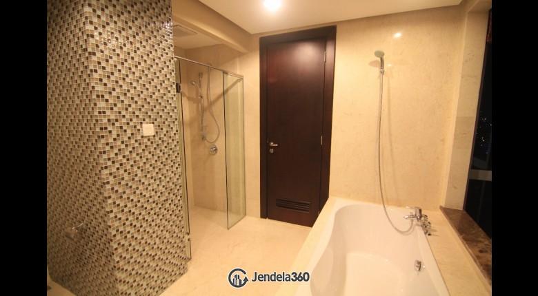 Bathroom Apartemen The Mansion Kemang