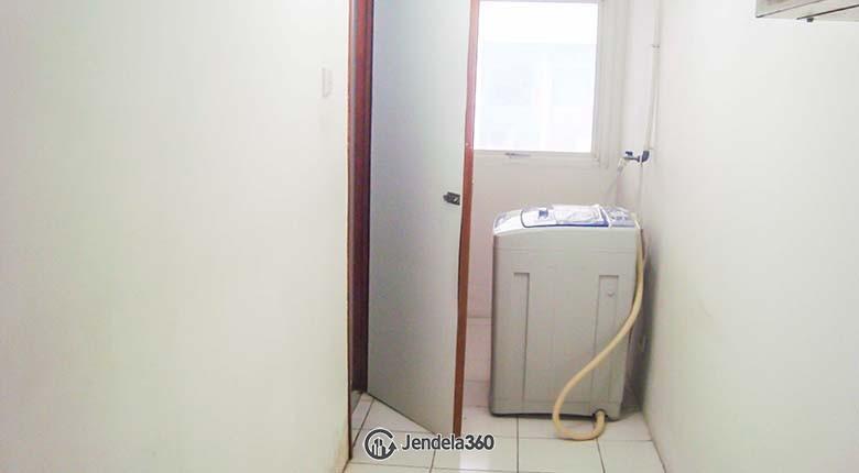Bathroom Apartemen Poins Square Apartment