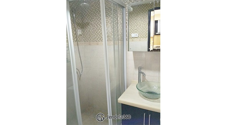 Bathroom CBD Pluit Apartment Apartment