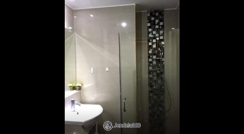 Bathroom Ambassade Residences Apartment