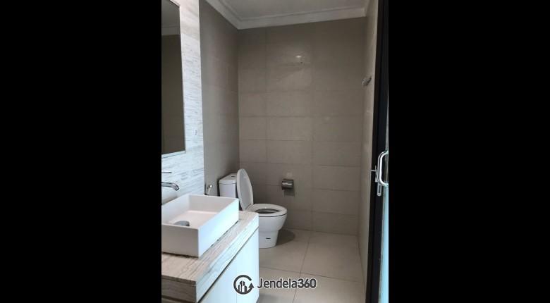 Bathroom Residence 8 Senopati Apartment