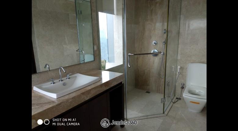 Bathroom Ascott Kuningan Jakarta Apartment