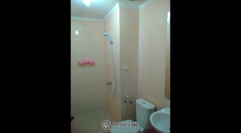 Bathroom Grand Kartini Apartment Apartment