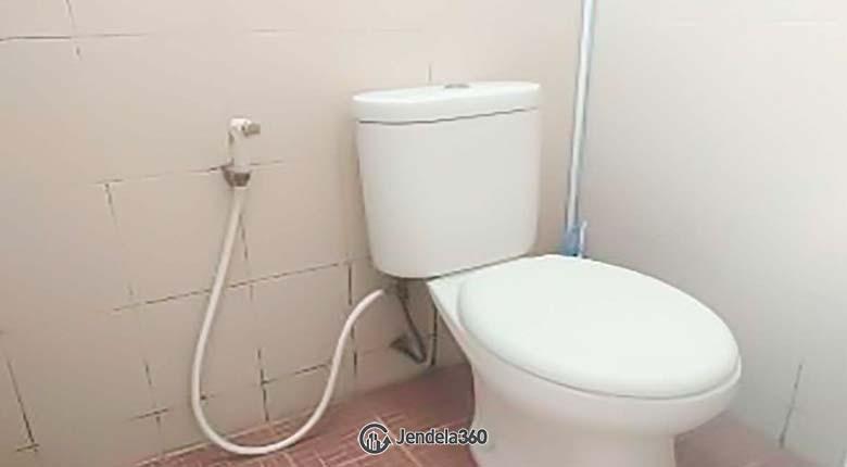 Bathroom Apartemen Sunter Park View Apartment