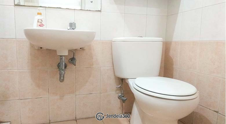 Bathroom Gading Mediterania Residence Apartment