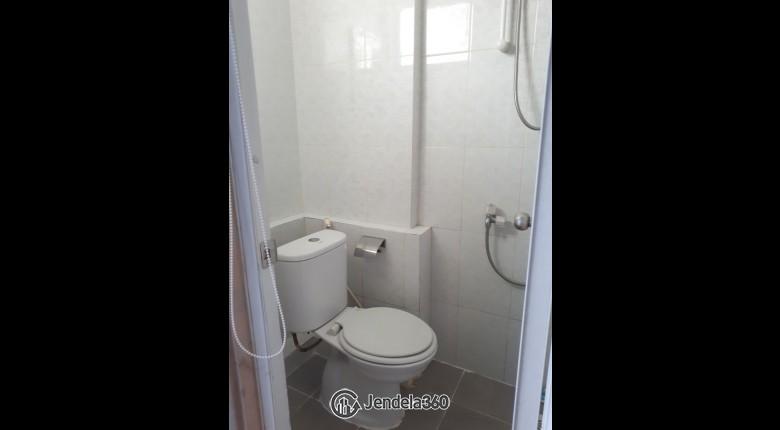 Bathroom Green Park View Apartment