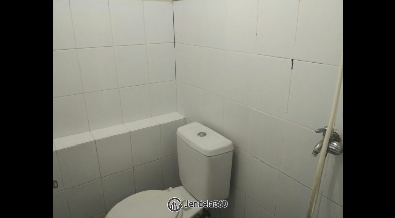 Bathroom Kalibata City Apartment