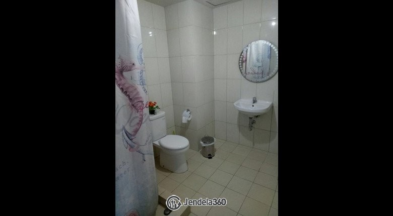Bathroom Apartemen Callia Apartment