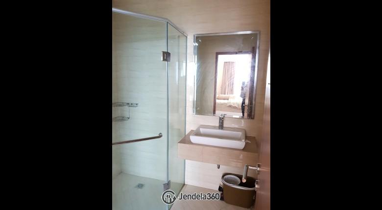 Bathroom Apartemen Ancol Mansion Apartment