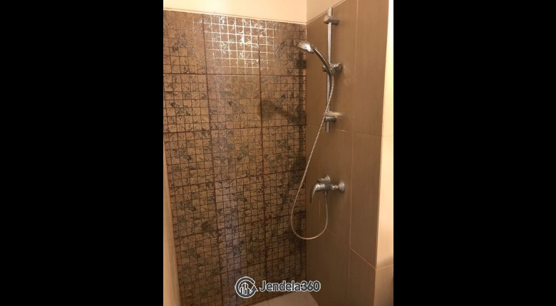 Bathroom GP Plaza Apartment