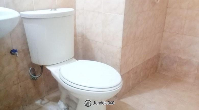 bathroom Apartemen Centro City Apartment
