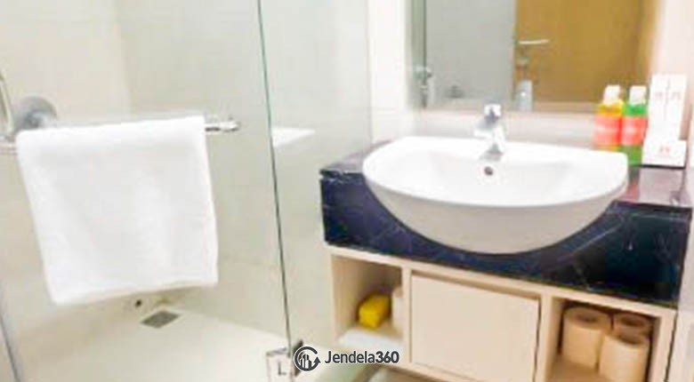 bathroom The Mansion Kemayoran Bougenville Apartment
