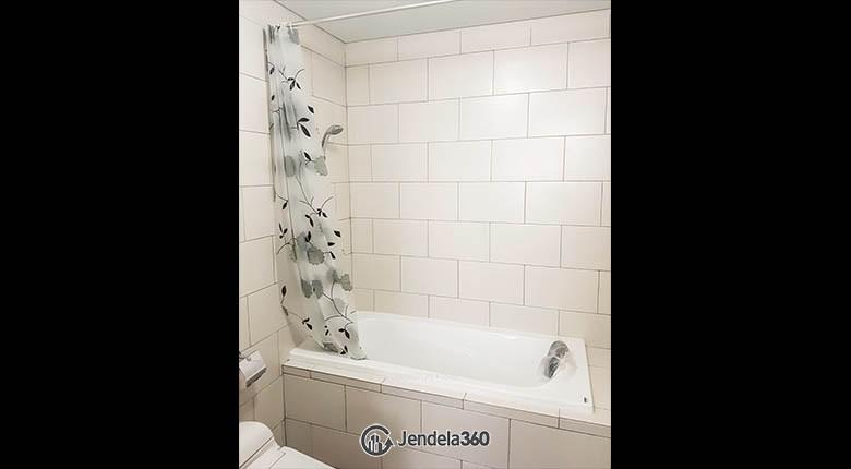 bathroom Lexington Residences