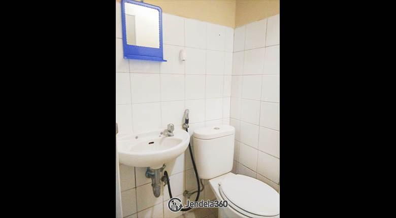 bathroom Apartemen Kebagusan City Apartment