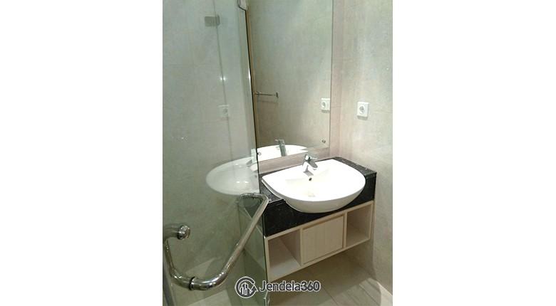 bathroom Apartemen The Mansion Kemayoran Bougenville
