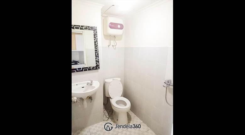bathroom Puncak Kertajaya Apartment