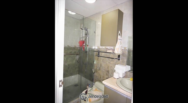 bathroom Mediterania Marina Ancol Apartment Apartment