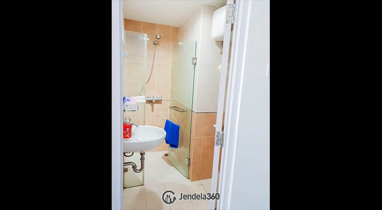bathroom Taman Sari Sudirman Apartment