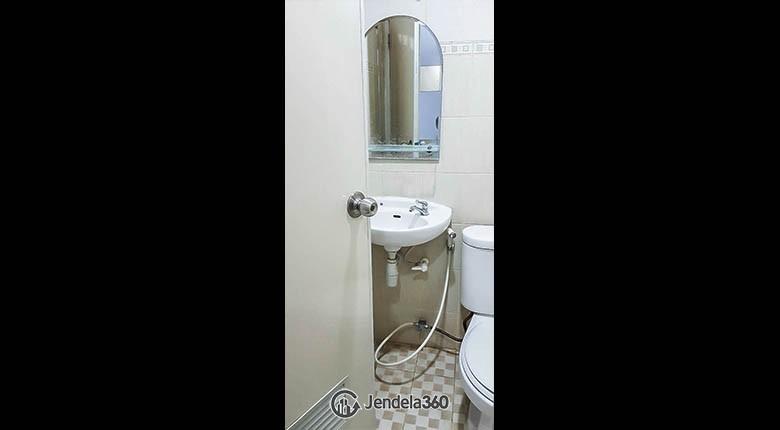 bathroom Puncak Kertajaya Apartment Apartment