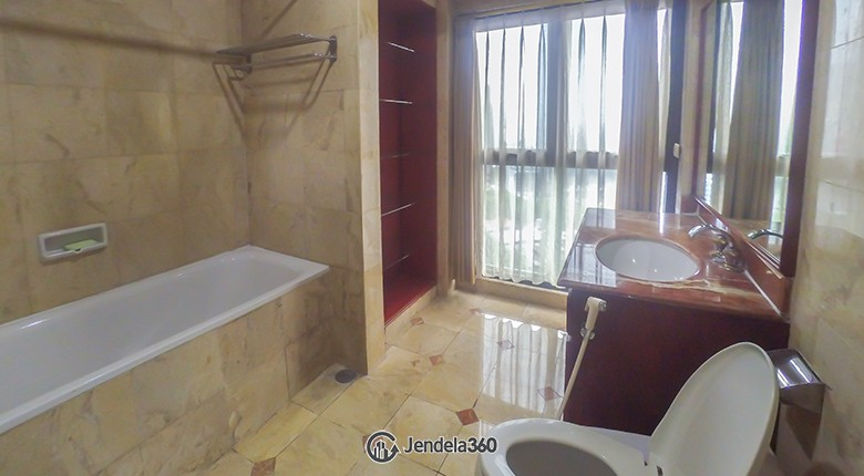 bathroom Pavilion Apartment