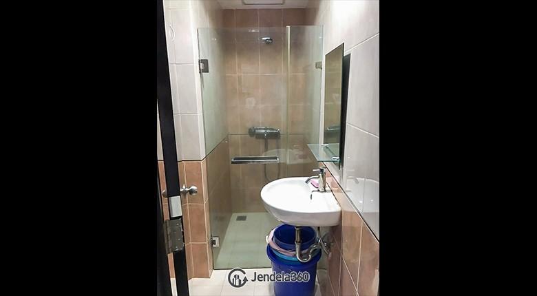 bathroom Apartemen Taman Sari Sudirman